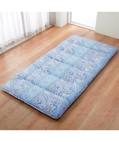 【日本製。綿100%】軽量。コンパクト6つ折り敷布団 敷布団の写真