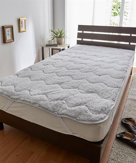ラビット調ファー敷きパッド 敷きパッド・ベッドパッドと題した写真