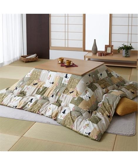 【日本製。洗える】和ネコ柄のボリューム大判こたつ掛け布団