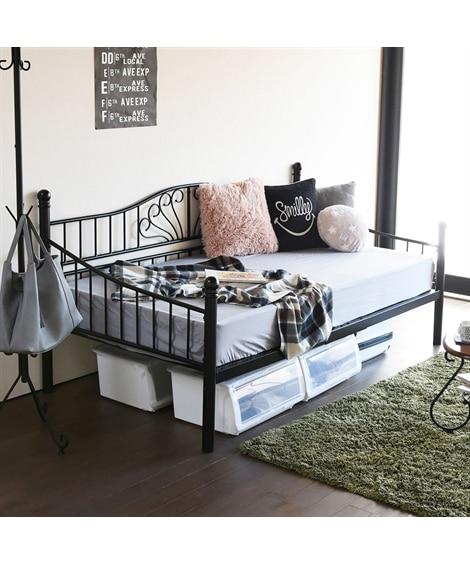 2WAYで使えるアイアンデイベッド(高さ調整付き) ベッドの写真