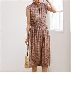 <ニッセン> スカラップ刺しゅうノースリーブワンピース (ワンピース)dress 22
