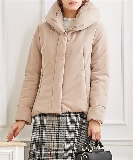 大き目の衿が顔周り華やかに♪Aラインシルエット中わたジャケット (ジャケット・ブルゾン)(レディース)Jackets