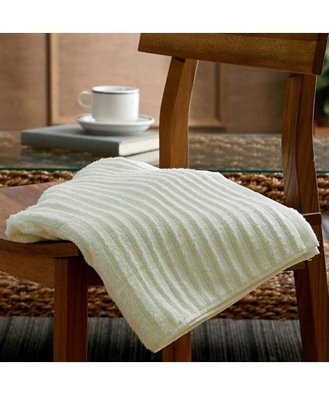 ふわふわ手ざわりのウェーブカラーバスタオル バスタオル, Towels(ニッセン、nissen)