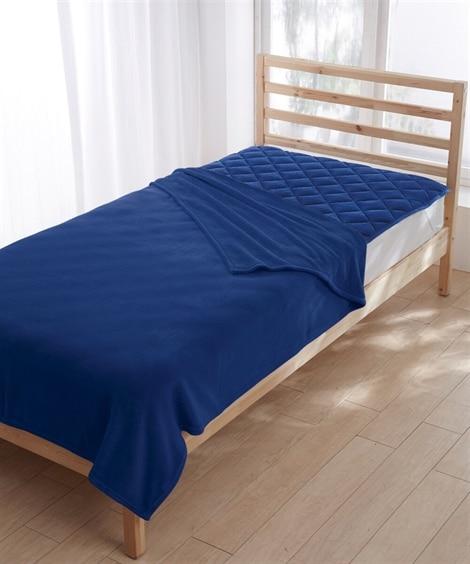 マイクロふんわり軽量毛布。敷パッドセット 毛布・ブランケット