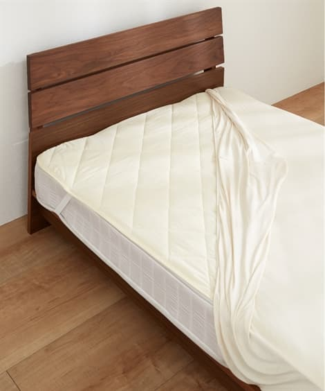 吸汗速乾汗取りベッドパッド 敷きパッド・ベッドパッドの写真