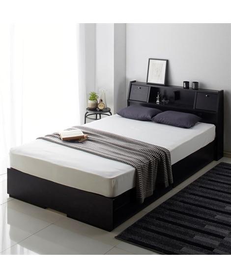 照明。棚。テーブル。引き出し付多機能ベッド 収納付きベッド